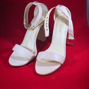 Wedged heels from liliana